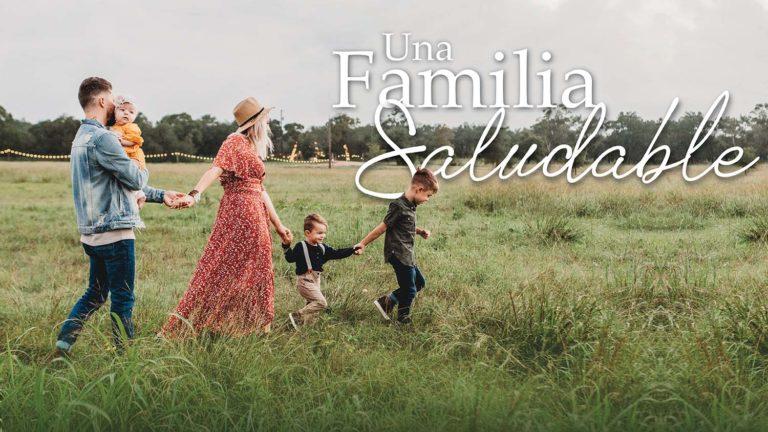 Miniatura del curso una familia saludable donde se ve una familia caminando por el campo, los padres y 3 hijos pequeños